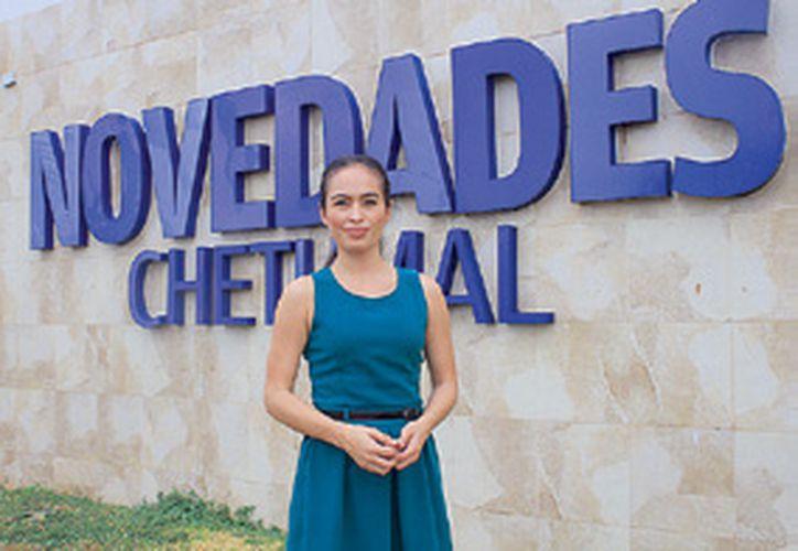 La licenciada en Economía y Finanzas, Ashanti Pérez Medina, fue seleccionada a nivel nacional. (Ángel Castilla/SIPSE)