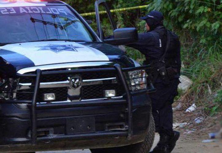 Aseguran que en  Acapulco se libra casi todos los días una lucha entre bandas delincuenciales por el control de territorio. Foto de contexto. (twitter.com/AristeguiOnline)