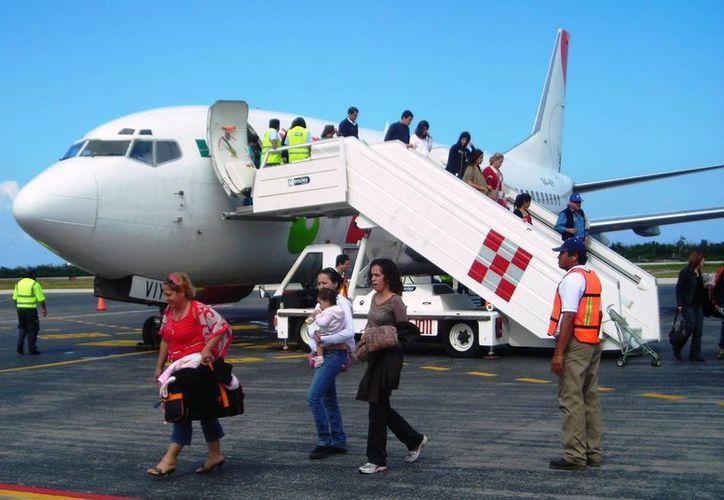 Con los vuelos la afluencia de turismo europeo hacia el destino se incrementaría en 10% con relación a 2013. (Francisco Gálvez/SIPSE)