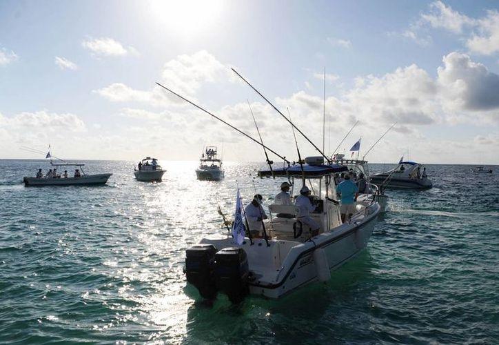 La pesca deportiva es una de las disciplinas que se practican en los destinos quintanarroenses.  (Foto del contexto/Internet)