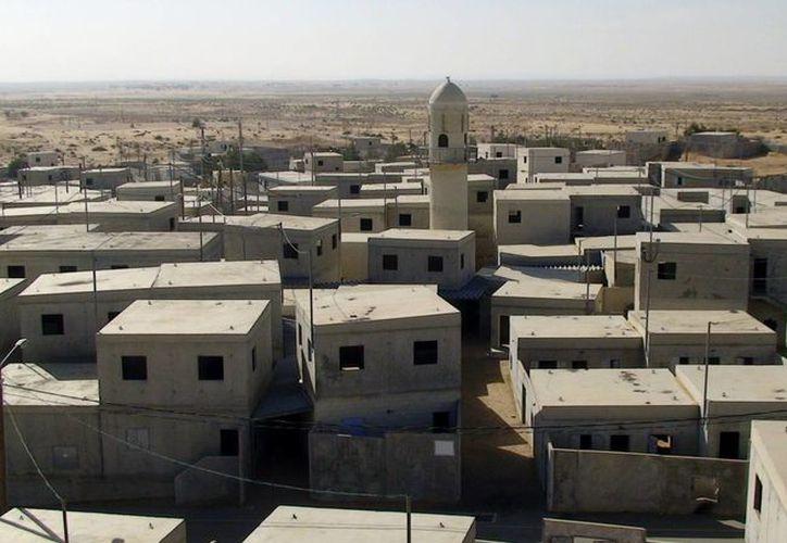 Cerca de dos hectáreas mide esta réplica de un poblado árabe. (EFE)