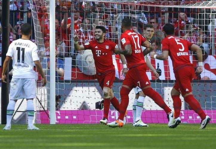 Bayern Múnich se encuentra a un triunfo de asegurar el campeonato de la Bundesliga, por lo que podría coronarse en la siguiente jornada. (AP)