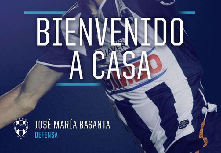 Publicación que Rayados de Monterrey hizo en redes sociales para anunciar el regreso del defensa José María Basanta. (Facebook/Club de Futbol Monterrey)