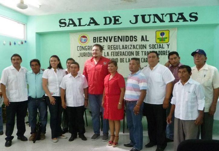 El alcalde resaltó su total respaldo a la nueva directiva cetemista. (Raúl Balam/SIPSE)