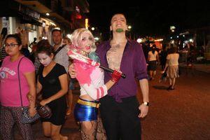 El Halloween y las ánimas invadieron Playa del Carmen y Cancún