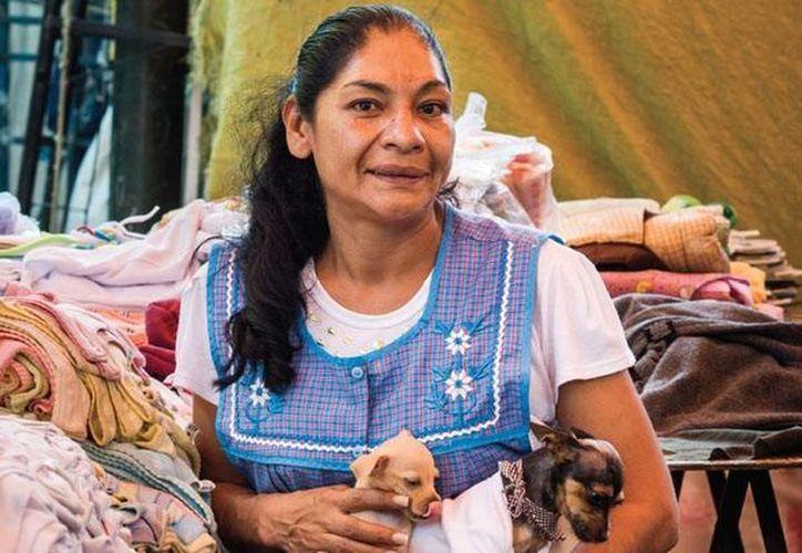 Desde 1997, Lourdes Ruiz, 'La verdolaga enmascarada', imparte el diplomado en Albures Finos en el Centro de Estudios Tepiteños. (sohomexico.com)