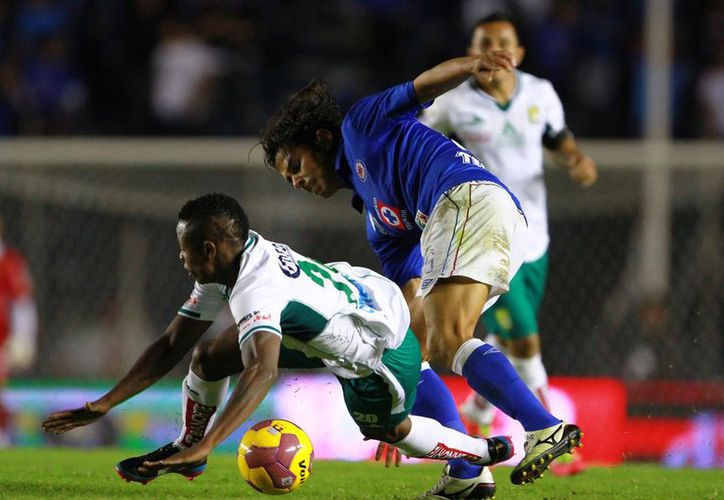 Luego de caer 2-1 en el Azul, el León está obligado a ganar en casa. (Foto: Agencias)