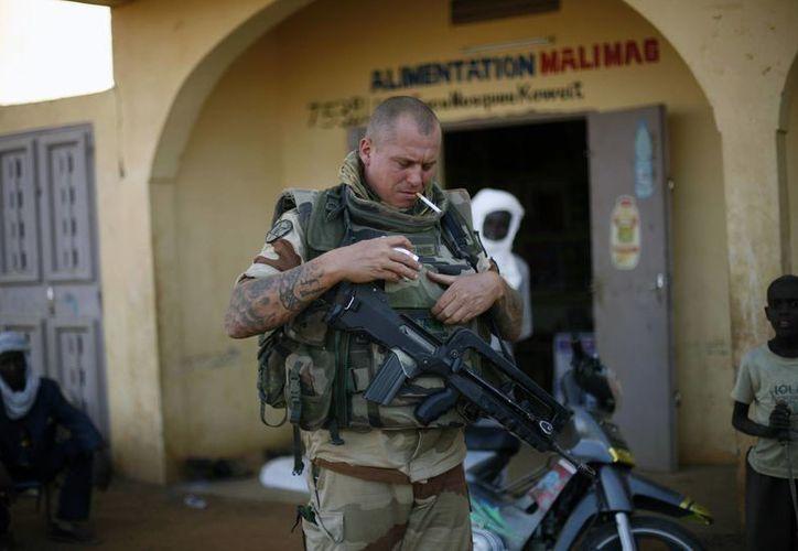 El ejército francés no encontró resistencia en la toma del aeropuerto de Kidal. (Agencias)