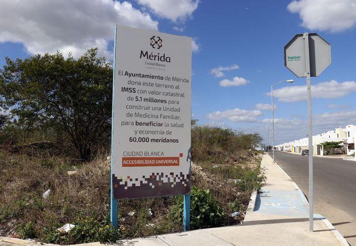 Derechohabientes del IMSS en Los Héroes esperan la construcción de la UMF en este predio. (Foto: José Acosta/ Milenio Novedades)