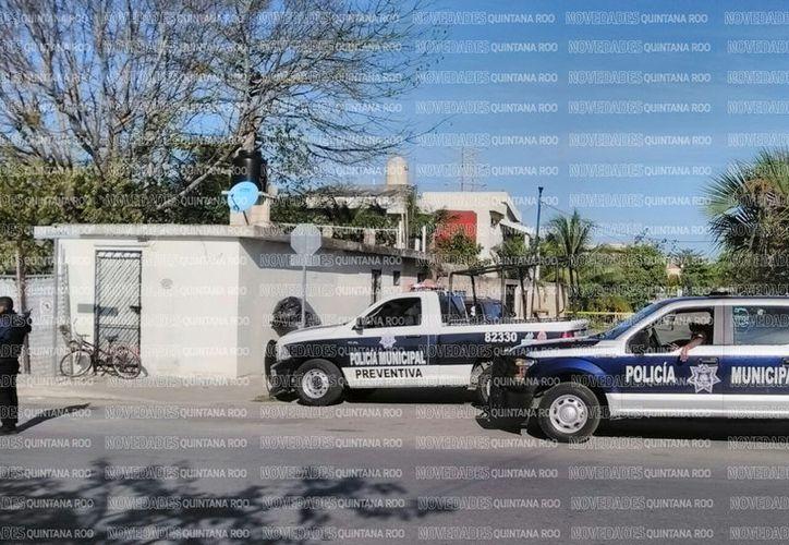 Por los eventos recientes en la Riviera Maya, elementos de la policía entran en alerta mayor. (Daniel Pacheco/SIPSE)