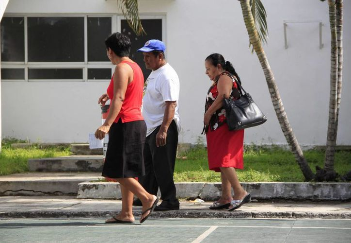 Al mes el organismo de asistencia social repartía de 300 a 400 despensas en las comunidades rurales. (Harold Alcocer/SIPSE)