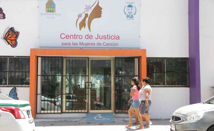 El centro de justicia atiende las denuncias de las mujeres. (Paola Chiomante/SIPSE)