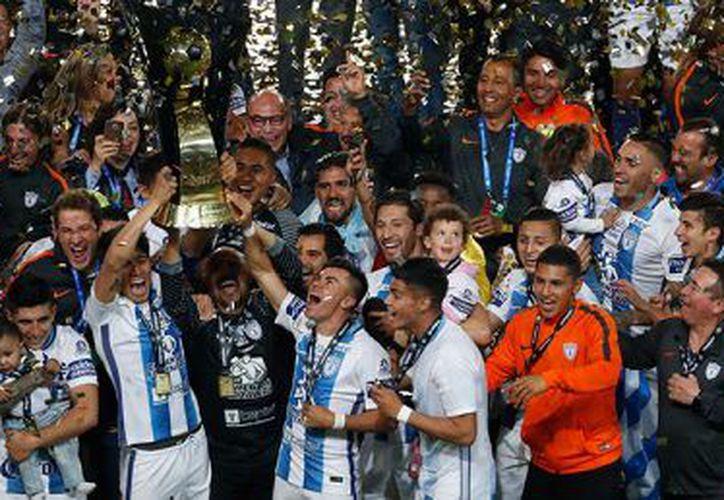 El equipo fue sancionado por el comportamiento de sus aficionados. (Foto: Contexto/Internet)