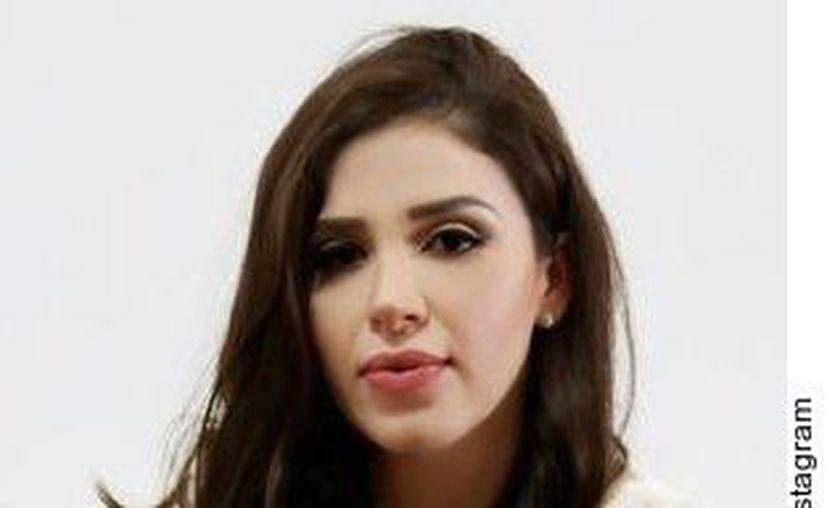De acuerdo con fuentes de TMZ, Emma Coronel, de 30 años, sería requerida para que contara su historia con el otrora capo del Cartel de Sinaloa. (Agencia Reforma)
