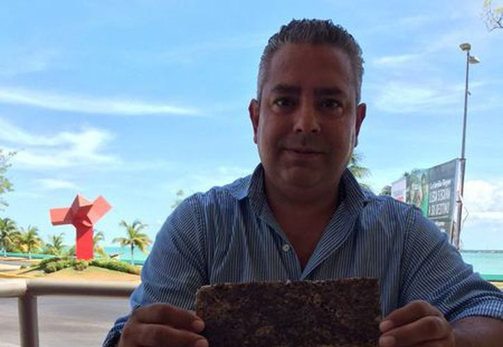 Juan Paulo Loeza Mendoza, presidente del Grupo, patentó la transformación del sargazo. (Paloma Wong/SIPSE)