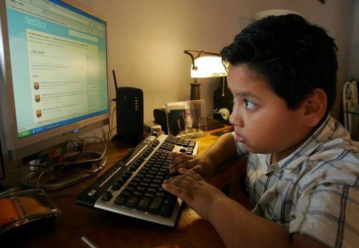 Actualmente, desde muy pequeños los niños tienen acceso al cúmulo de información que hay en Internet. (Imagen de contexto/Archivo)