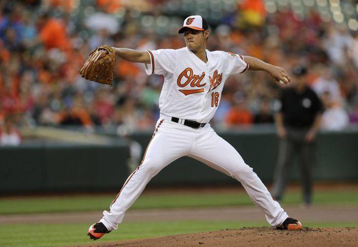 Wei-Yin Chen fue uno de los mejores jugadores de Orioles de Baltimore en partido ganado por blanqueada a Filis de Filadelfia. (Foto: AP)