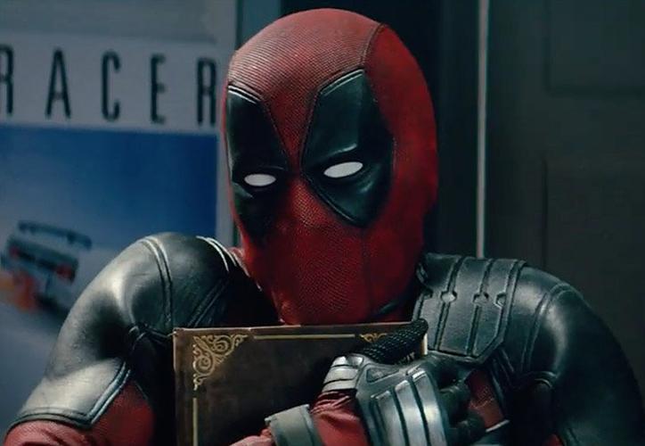 Wade Wilson y Fred Savage anunciaron el trailer de 'Once Upon a Deadpool', la versión 'suave' del antihéroe. (Twitter)