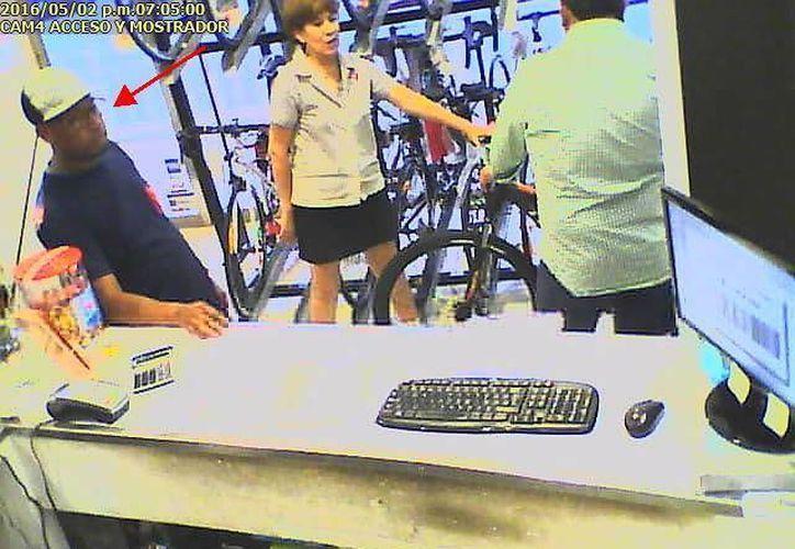 La administración del establecimiento solicitó a la ciudadanía apoyo para encontrar a los responsables. (Facebook/Elite Cyclery)