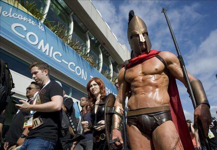 La convención anual de comics (Comic Con) se ha vuelto una plataforma para los artistas que buscan una oportunidad en empresas de nivel mundial dedicadas a las animaciones. En la foto, asistentes al Comic-Con 2015 en el Centro de Convenciones de San Diego, California (Efe)