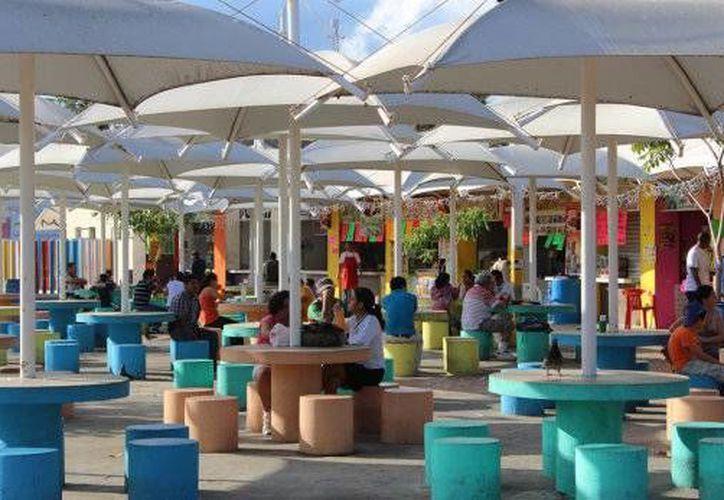 Realizan un recorrido por los establecimientos de comida del parque de Las Palapas. (Contexto/Internet)