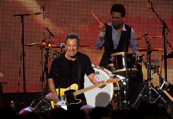 Bruce Springsteen fue galardonado con el premio MusiCares a la Persona del Año. (Agencias)