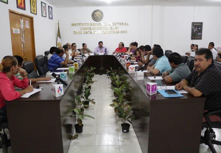 La próxima semana iniciará la instrucción de los capacitadores de funcionarios de casilla del Distrito Electoral 1. (Adrián Barreto/SIPSE)