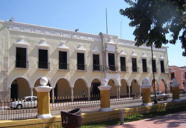 Imagen del Ayuntamiento de Valladolid, donde Alpha Tavera Escalante presidirá el Cabildo desde el 1 de septiembre próximo. (Milenio Novedades)