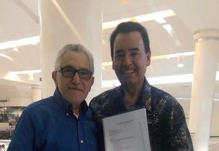 José Manzur y Guadalupe García son quienes imparten pláticas hoy a árbitros de box en Mérida. (Milenio Novedades)