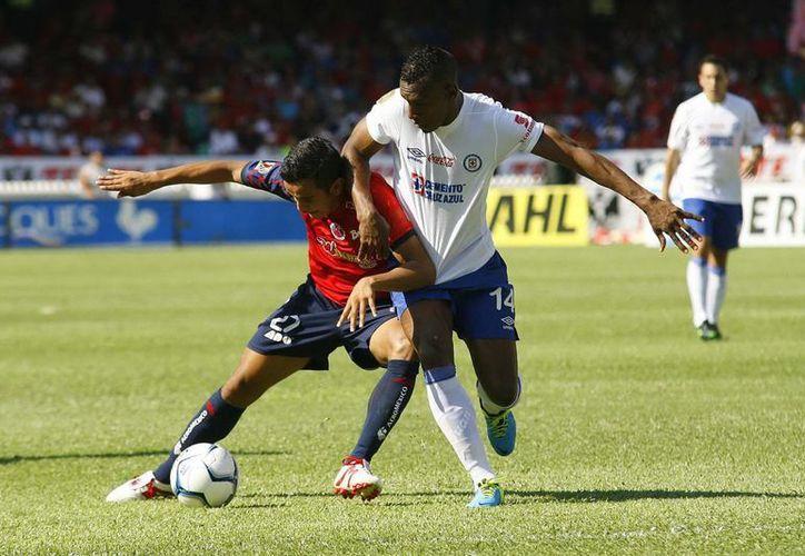 Esta expulsión contribuyó a la victoria de Veracruz 4-2. (Agencias)