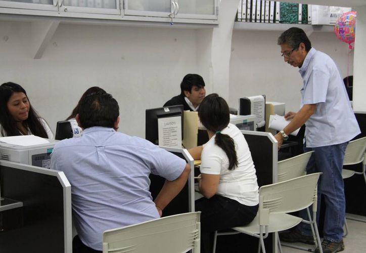 El Ayuntamiento promueve descuentos en multas y recargos en predial. (Tomás Álvarez/SIPSE)