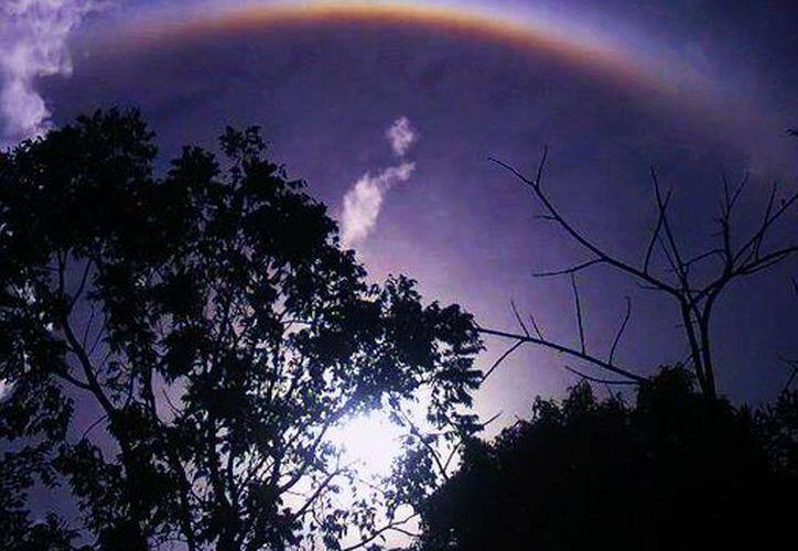 El helón captado en Tahdziú, Yucatán. (Facebook/Luis Vera)