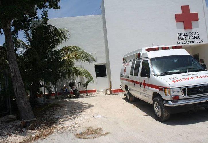 El traslado en ambulancia tiene un costo de dos mil 200 pesos, cifra inferior a lo que cobran los vehículos privados. (Sara Cauich/SIPSE)