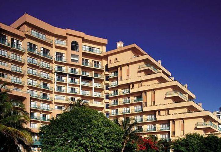 Entre los hoteles en Plan Europeo que quedan en el destino se encuentran el hotel Fiesta Americana Coral Beach, con 600 habitaciones. (Foto/Internet)