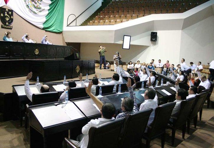 Diputados en la aprobación del Paquete Fiscal 2013. (Cortesía)
