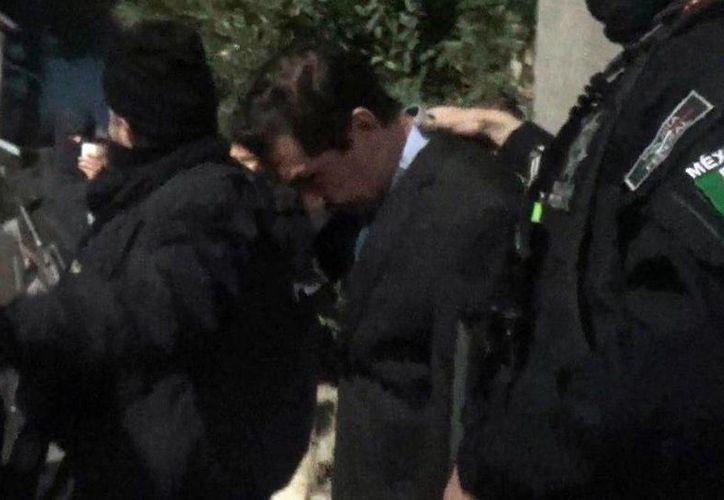 El poderoso José Luis Abarca, ex alcalde de Iguala, fue detenido en una casa abandonada en la delegación Iztapalapa del Distrito Federal. (milenio.com)