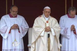 Proclaman santos a Juan XXIII y Juan Pablo II