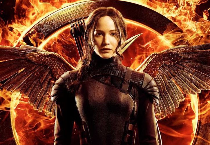 En esta imagen cedida por Lionsgate, Jennifer Lawrence interpreta a Katniss Everdeen en una escena de la película The Hunger Games: Mockingjay - Part One. (Agencias)