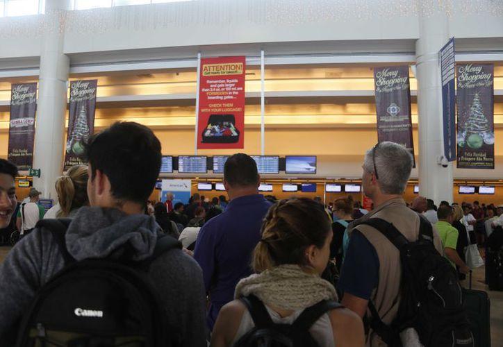 Serán las aerolíneas las que realicen las revisiones en la terminal aérea. (Sipse)