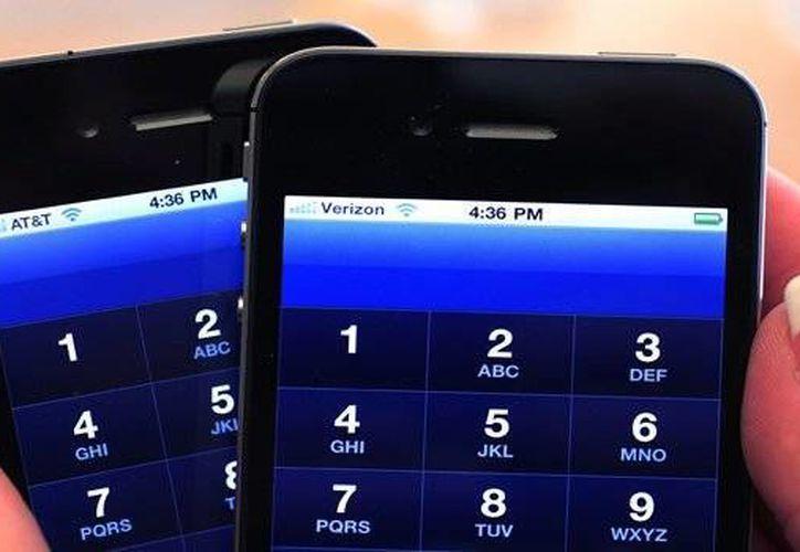 Las extorsiones pueden ser vía telefónica a línea fija, a celular, en mensaje de texto y en correo electrónico. (Archivo/AP)