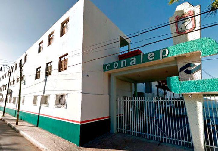La dirección del Conalep interpuso la demanda ante la Vice Fiscalía de la Zona Centro. (Foto: Jesús Caamal / SIPSE)