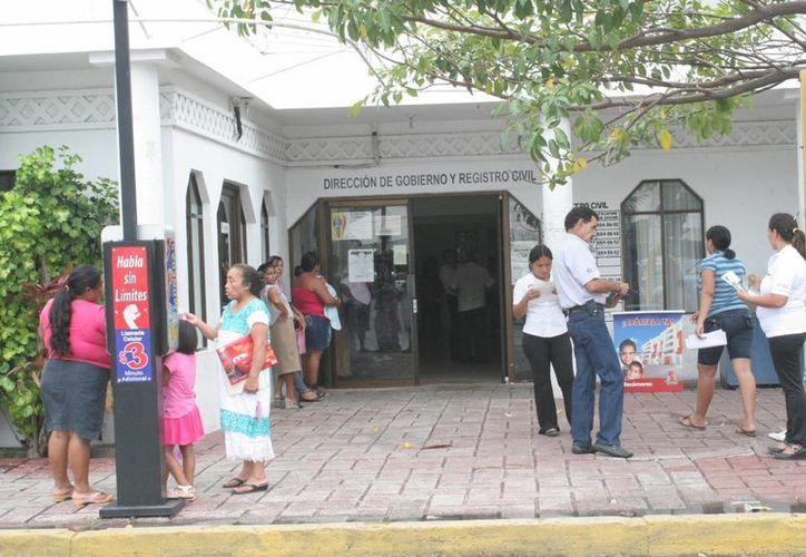 El Registro Civil de Benito Juárez arrojó que hasta abril de 2013, 404 parejas rompieron sus vínculos. (Israel Leal/SIPSE)