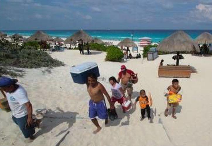 El operativo se lleva a cabo en las playas de Cancún, (Cortesía/Internet)
