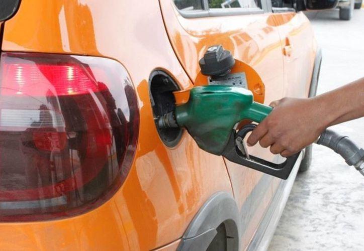 En 2013, Pemex vendió en el mercado nacional 787 mil barriles de gasolina. (Archivo SIPSE)