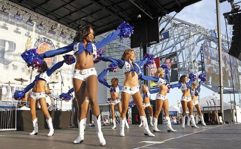 790a185245d6 Exhiben a Cancún en partido oficial de la NFL   Novedades Quintana ...