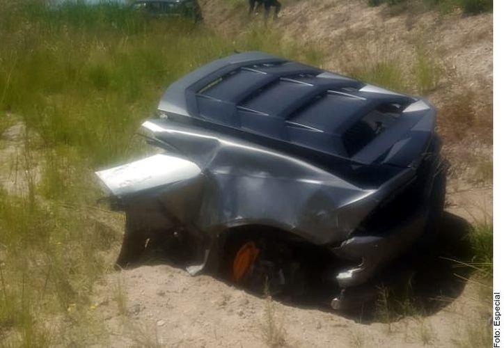 El accidente ocurrió alrededor de las 15:00 horas en el kilómetro 43 de la autopista federal Toluca-Palmillas. (Foto: Reforma)