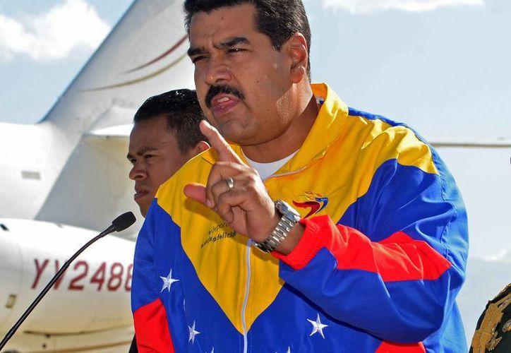 Maduro se reunirá con otros cinco mandatarios de Unasur para analizar la crisis abierta con Europa tras el incidente sufrido por el avión del jefe de Estado boliviano, Evo Morales. (EFE)
