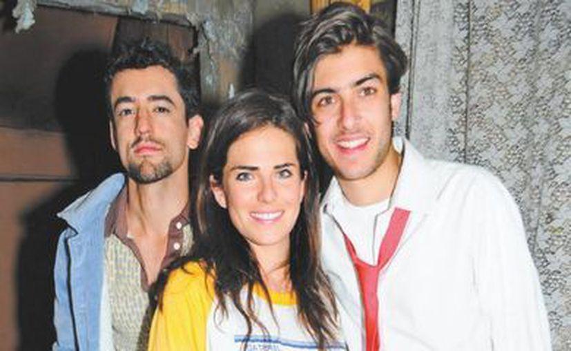 Luis Gerardo Méndez, Karla Souza y Juan Pablo Gil, protagonistas de la cinta Nosotros los Nobles. (Milenio)