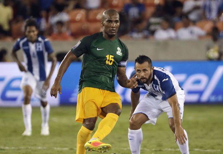 Florent había sido inhabilitado para jugar por su país natal en el torneo regional de Norte, Centroamérica y el Caribe. (Foto: AP)