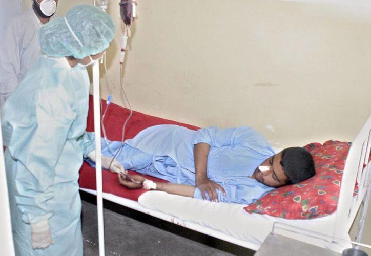 El brote de ébola en África se ha agravado debido a la falta de doctores y enfermeras. (EFE)